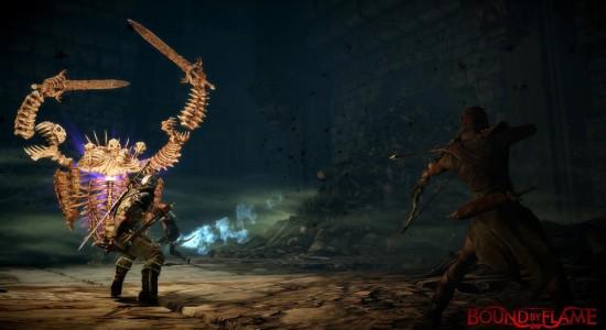 """""""Om jag hukar mig här kanske inte skelettet ser mig..."""""""