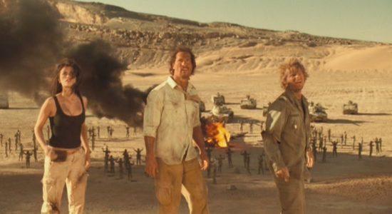 Brinnande flygplan, öken och skattjakt. Det känner jag igen!