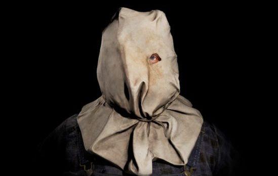 Sackhead Jason från den andra filmen är en av de sju skins som man kan välja mellan.