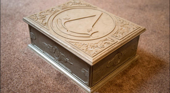 Assassins-Creed-Brotherhood-Codex-Edition-Box1[1]