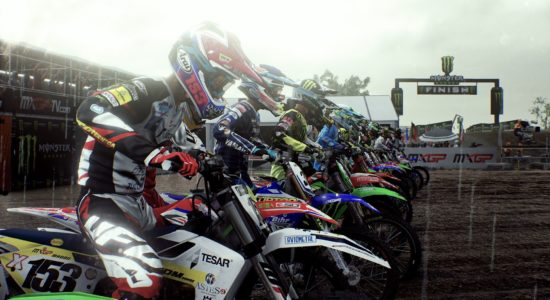 Regn och gyttja; vardagsmat i motocross-elitens värld